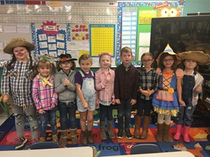Mrs. Vanover's 1st Graders on Farmers Day